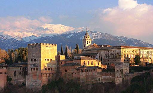Estos son los pueblos más bonitos de España para visitar en primavera