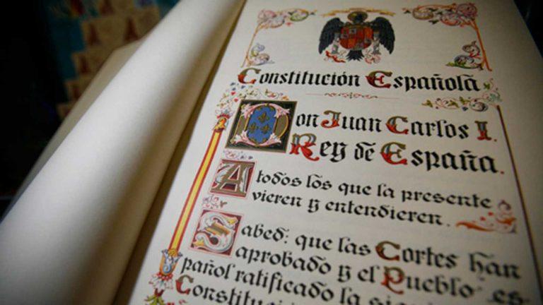 Qué es la constitución española