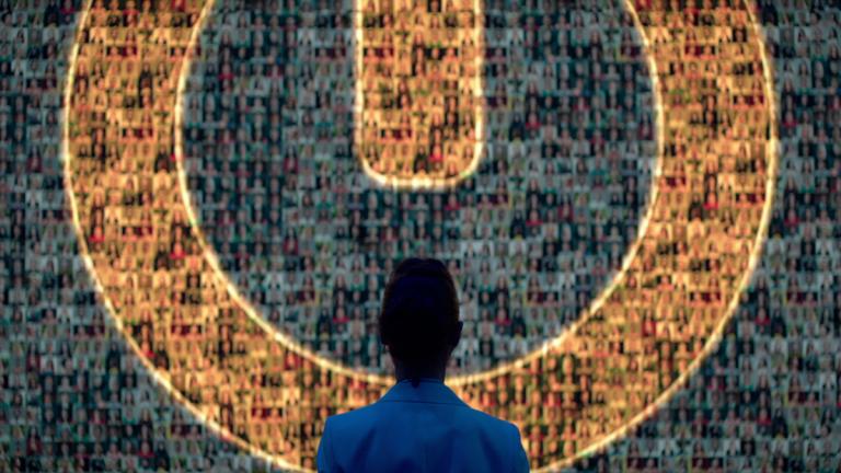 """Así es The One, el thriller de Netflix que te muestra las relaciones basadas en """"ADN"""""""