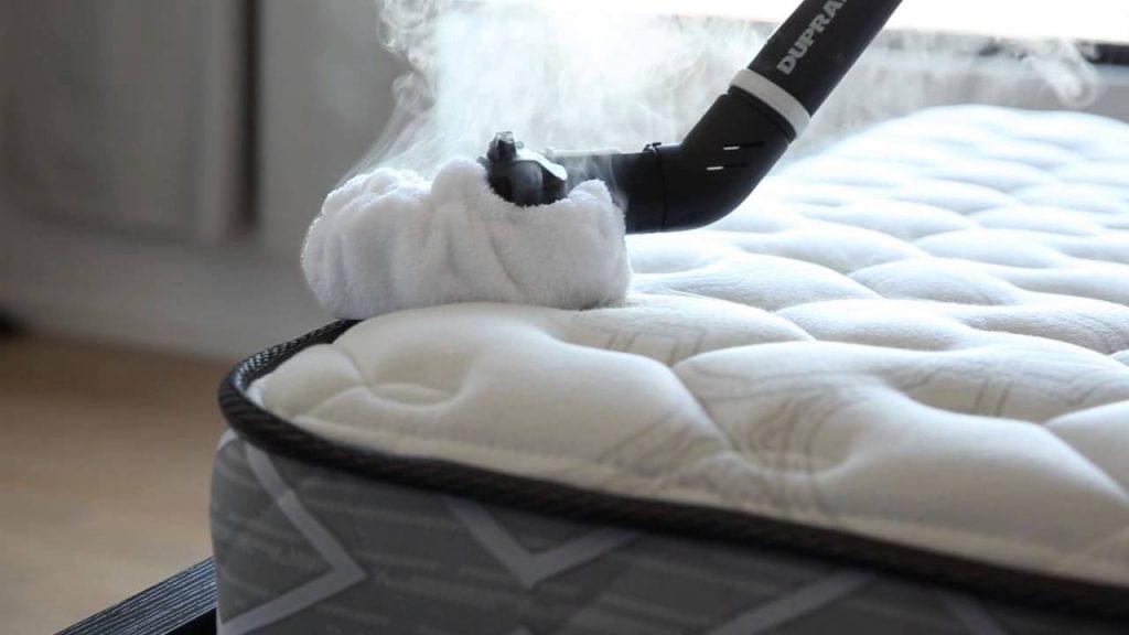 ¿Qué productos usar para limpiar un colchón?