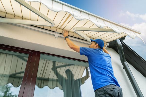 Eliminar la suciedad más difícil del toldo de balcón o terraza