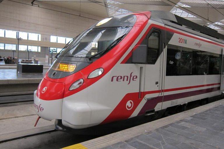 Renfe aclara que su intención es recuperar el 100% de los servicios de tren regional en Aragón