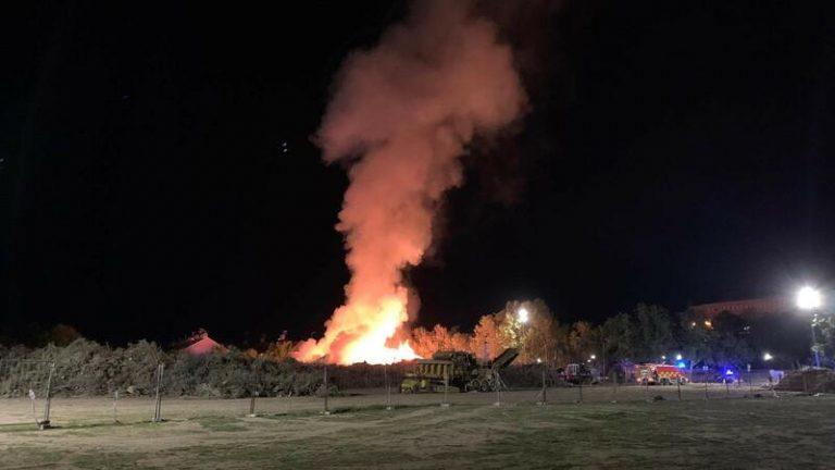 El amontonamiento de restos de vegetación por Filomena provoca un incendio en Villaviciosa