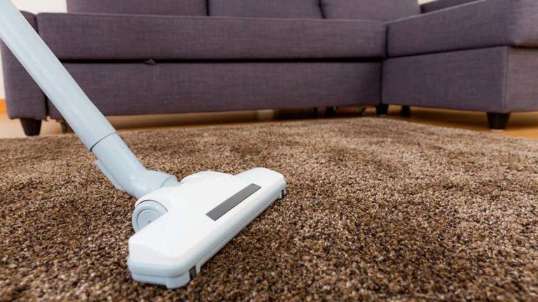 Cómo limpiar una alfombra a fondo