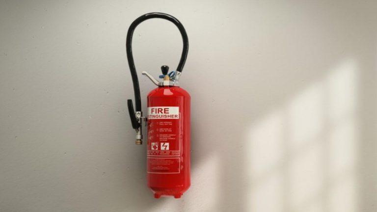 Cómo se usa un extintor