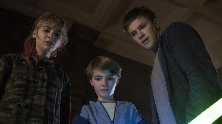 """HBO, Netflix y Amazon Prime """"te dejan en la estacada"""": las series canceladas que no tendrán final"""