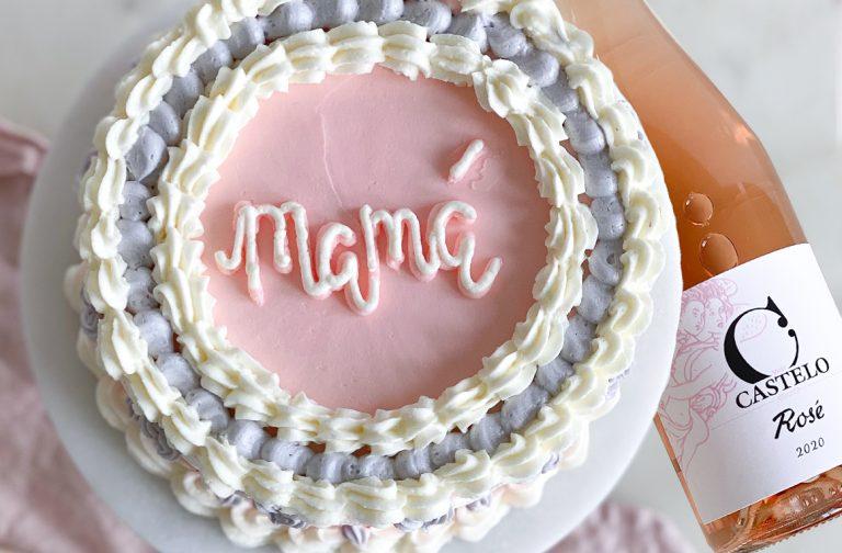Tarta y vino para mamá: Castelo de Medina y Mia Bakery endulzan el día de la madre