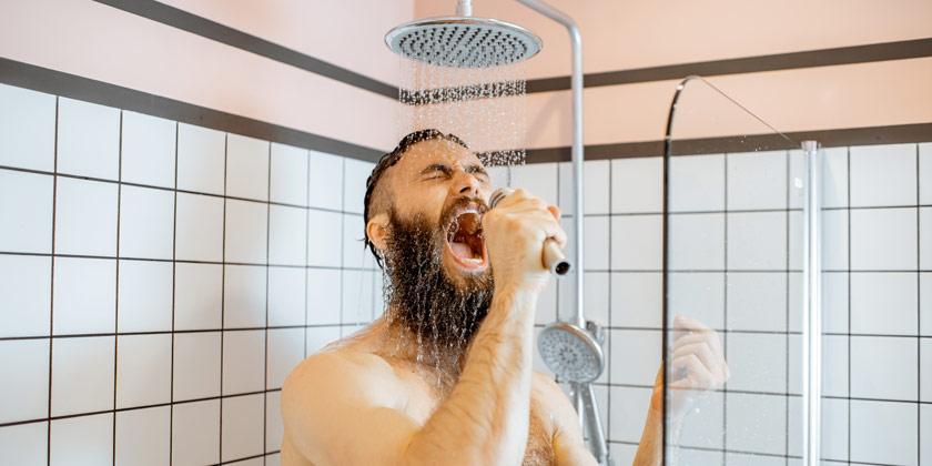 Qué es mejor ducharse por la mañana o por la noche