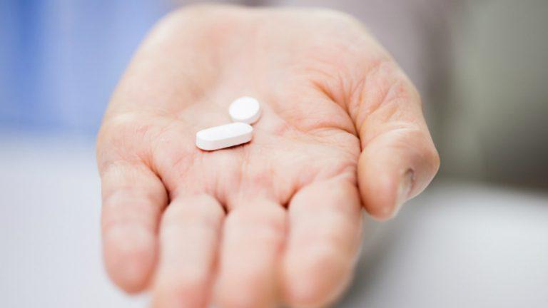 Qué es mejor para el dolor de cabeza, Ibuprofeno o Paracetamol
