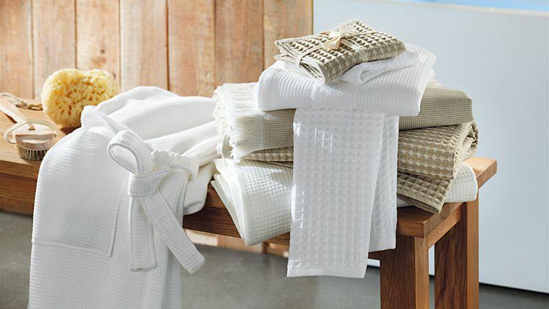 Qué es mejor, un albornoz o una toalla