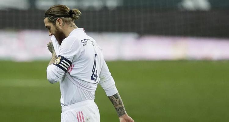 Sergio Ramos: las dudas que plantea su rendimiento para seguir en el fútbol