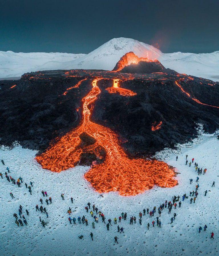 """Icelandic Tourist Board, """"Islandia abre sus puertas al turismo vacunado"""""""