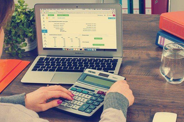MV Aseguradores explica cómo desgravar el seguro de vida en la declaración de la renta