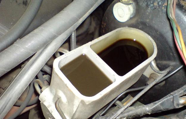¿Cuándo debo cambiar el líquido de frenos?