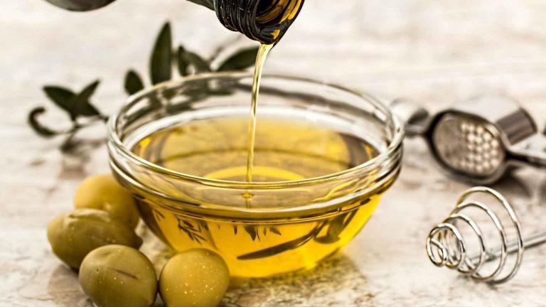 Aceite de oliva o aceite de oliva virgen extra, ¿cuál es mejor?