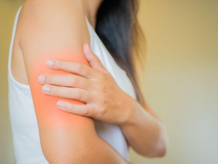Así puedes ejercitar el brazo si te han puesto la vacuna del Covid-19 y te duele