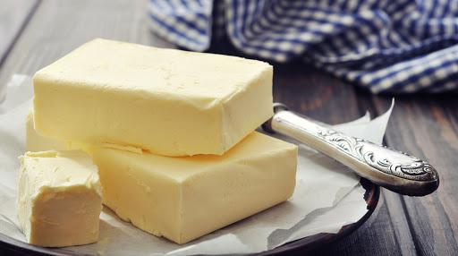 Qué es mejor, la mantequilla o la margarina