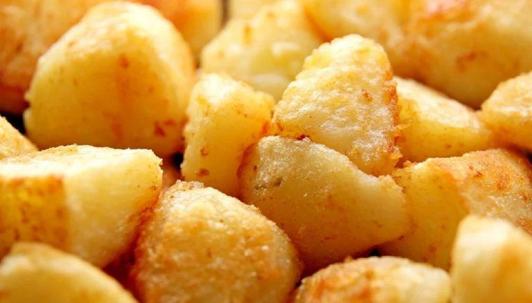 Salsa brava casera para las patatas bravas