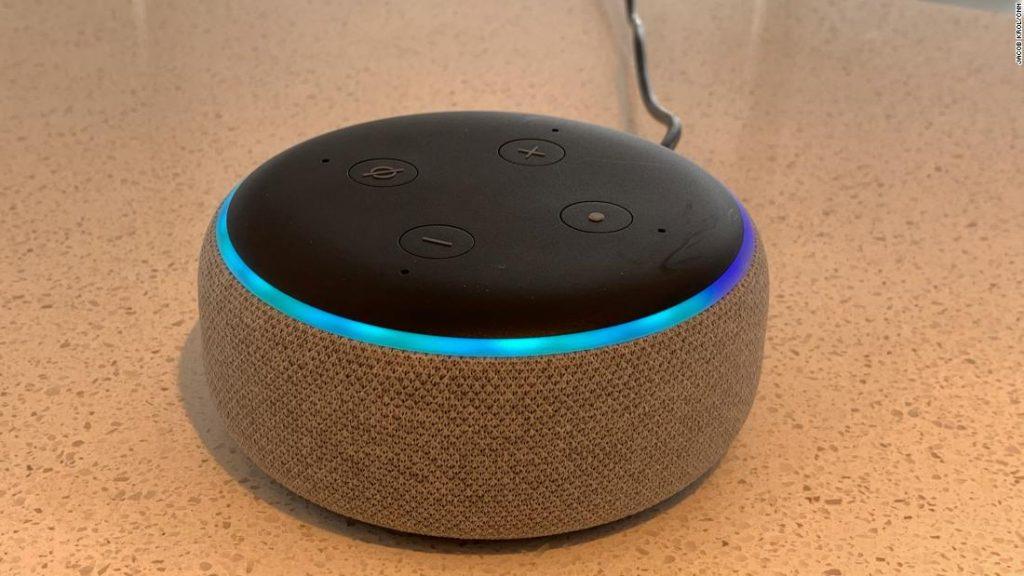 ¿Cómo funciona el comando de voz de Alexa?
