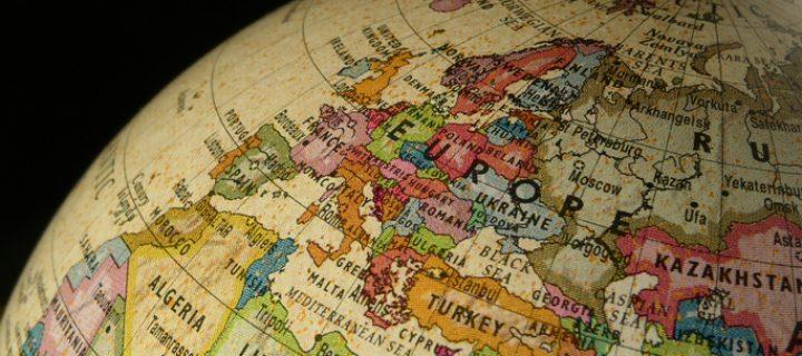 ¿Qué pasa si debo hacer la declaración de la renta y estoy fuera de España?