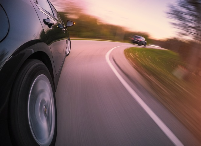 ¿Cómo frenar el coche tras quedarte sin frenos?