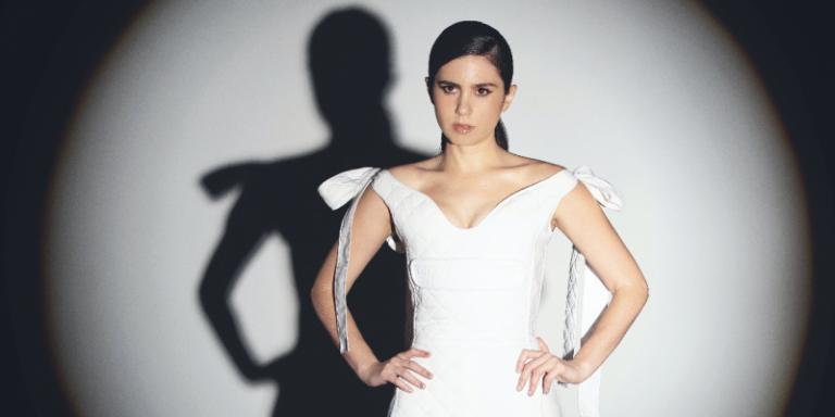 "Javiera Mena presenta ""I. Entusiasmo"" con 'Diva'"