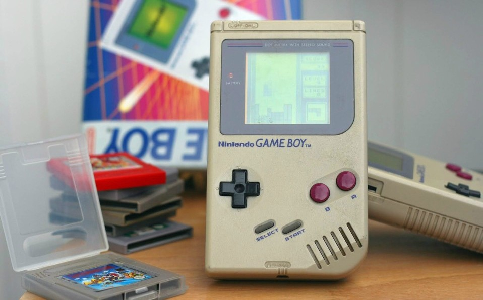 Primera Nintendo GAME BOY