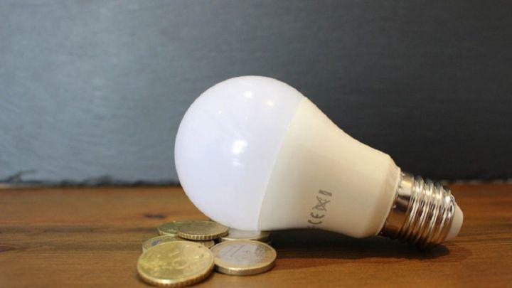 Qué implica el la factura de la luz