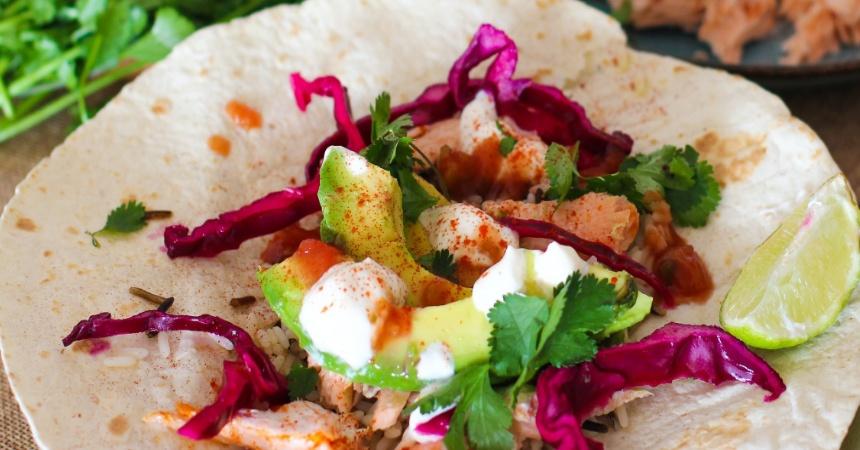Wraps de aguacate y gambas: la receta más rápida que preparas en menos de 5 minutos