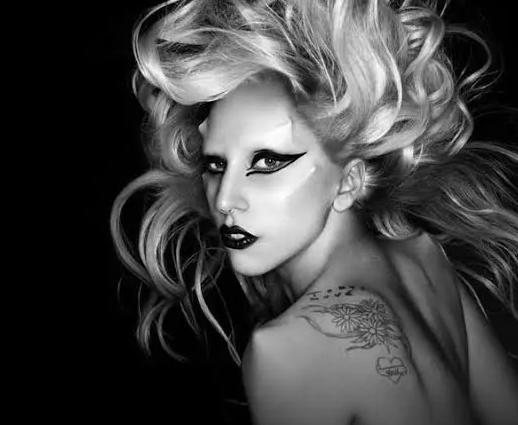 """Varios artistas versionan a Lady Gaga en """"Born This Way: The Tenth Anniversary"""""""