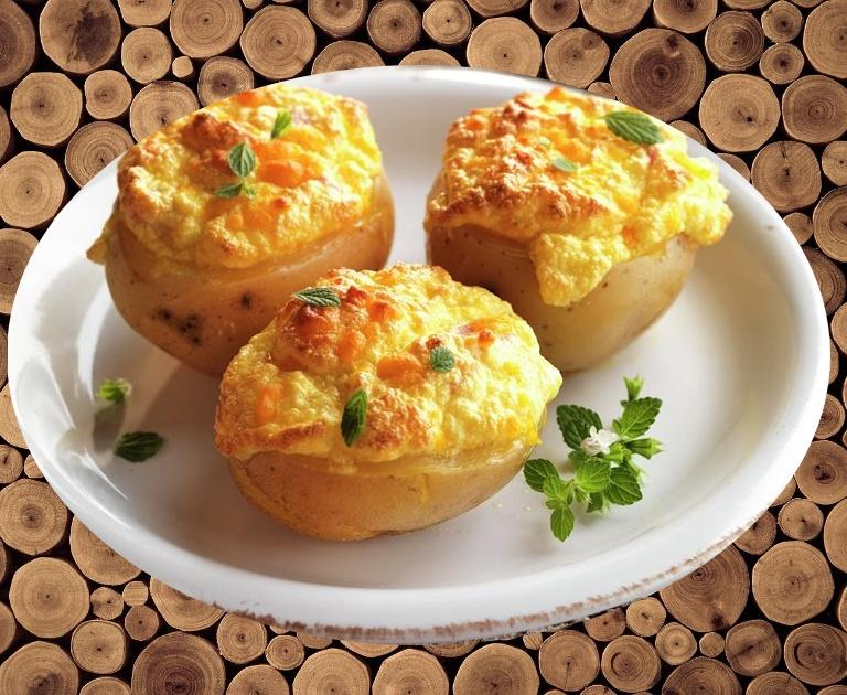 Patatas rellenas con queso
