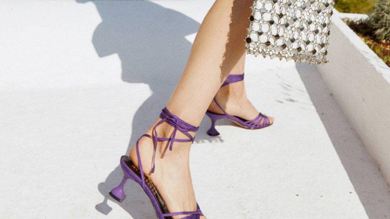 Sfera pone en rebajas sus ocho sandalias más deseadas para el verano