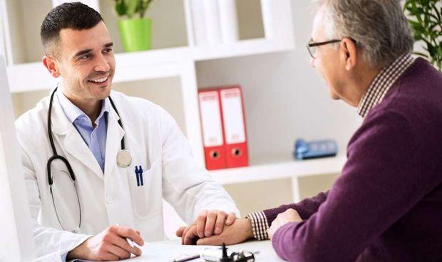 ¿Qué contiene el informe médico para que sea completamente válido?