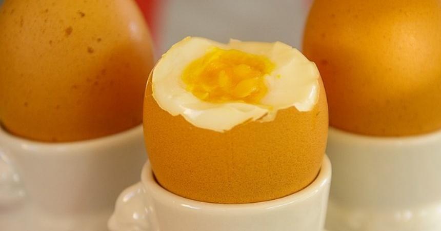 Huevos cocidos: el tiempo exacto que debes dejarlos para que salgan pasados por agua