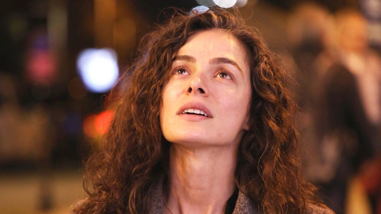 Mujer: las pistas que destripan el final