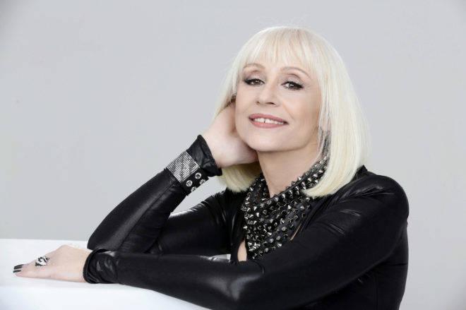 Ha fallecido Raffaella Carrá , icono y símbolo del espectáculo