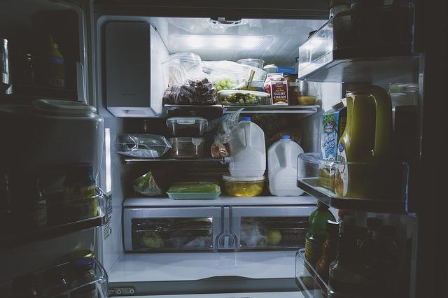 Ensalada fría de pollo: cómo guardarla en el frigorífico y que conserve su salud