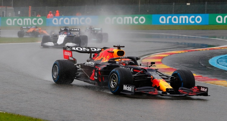 Gran Premio Bélgica Fórmula 1 2021 show esperpéntico