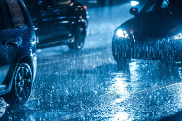 Los consejos de la DGT para conducir con lluvia