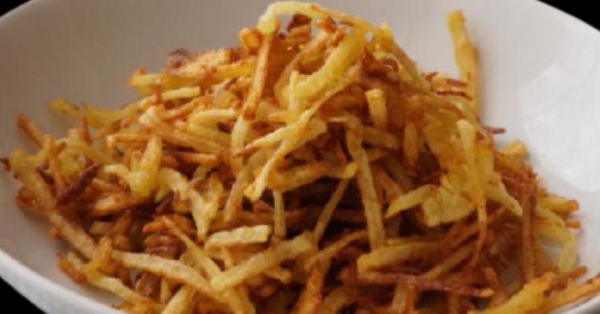 Patatas paja: así puedes hacer el snack más adictivo del mundo