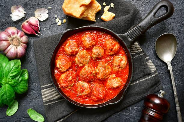 Las albóndigas en salsa de tomate de Chicote que gustan a todo el mundo