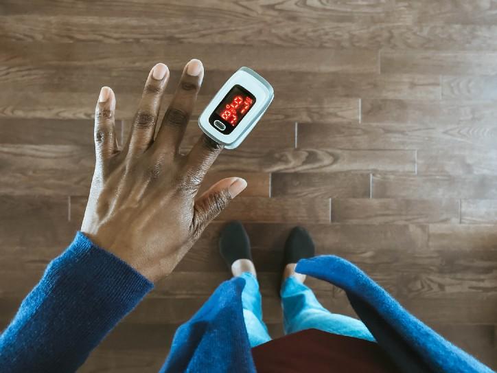 ¿Cuáles son las ventajas y desventajas de la pulsoxiometria con respecto a la gasometría arterial?