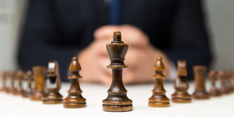 ¿Los intereses de pocos determinan la forma de gobierno?