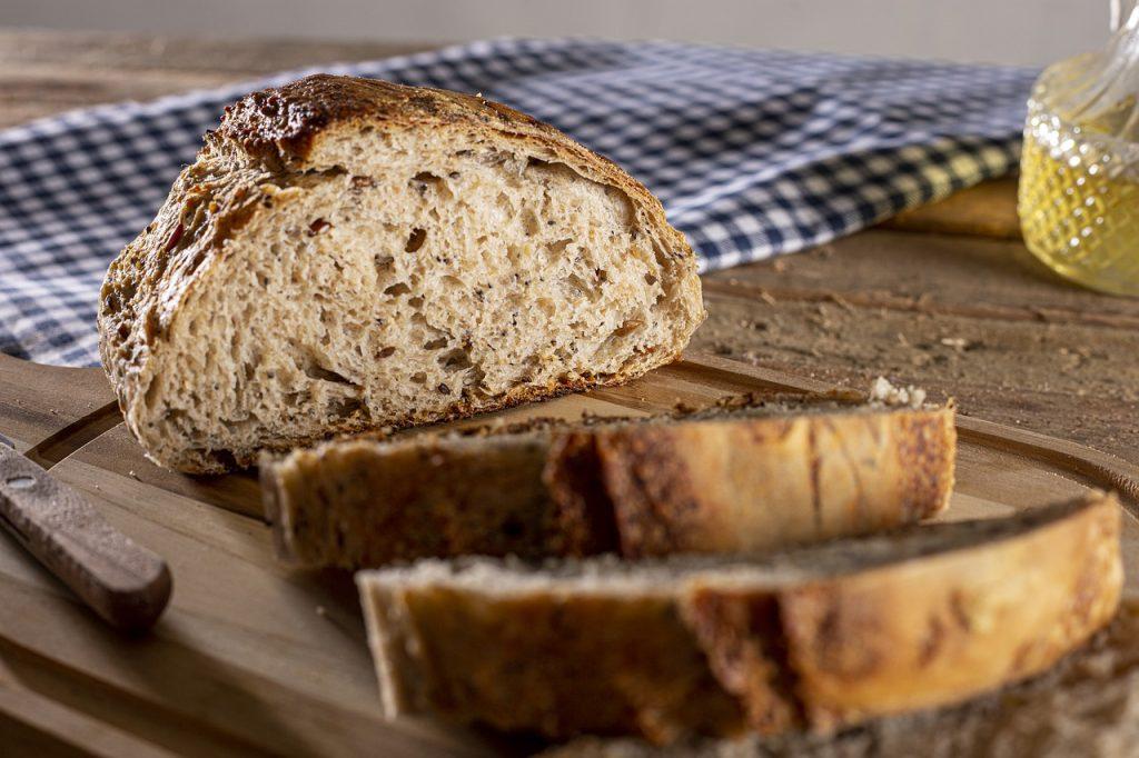Así puedes hacer pan integral casero sin una amasadora